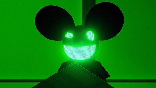 Deadmau5 will try to steal the show from the Xbox One on launch night.